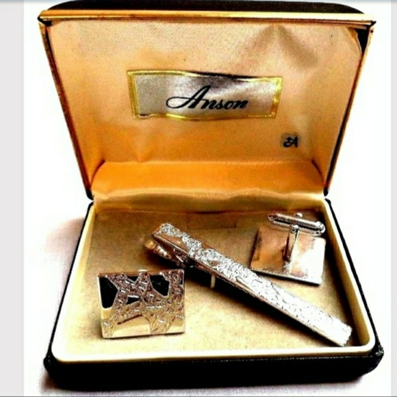 Anson Other - VTG Silver Tone Tie Clip Cufflink Set in Orig. Box